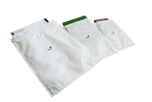 white-mailers-waterproof